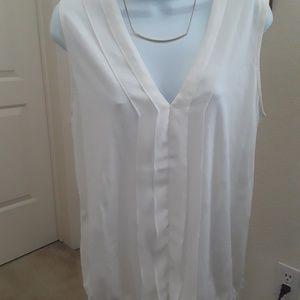 LOFT Tops - Beautiful Loft feminine soft-lite blouse